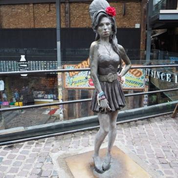 Amy Winehouse steht immer für ein Foto parat